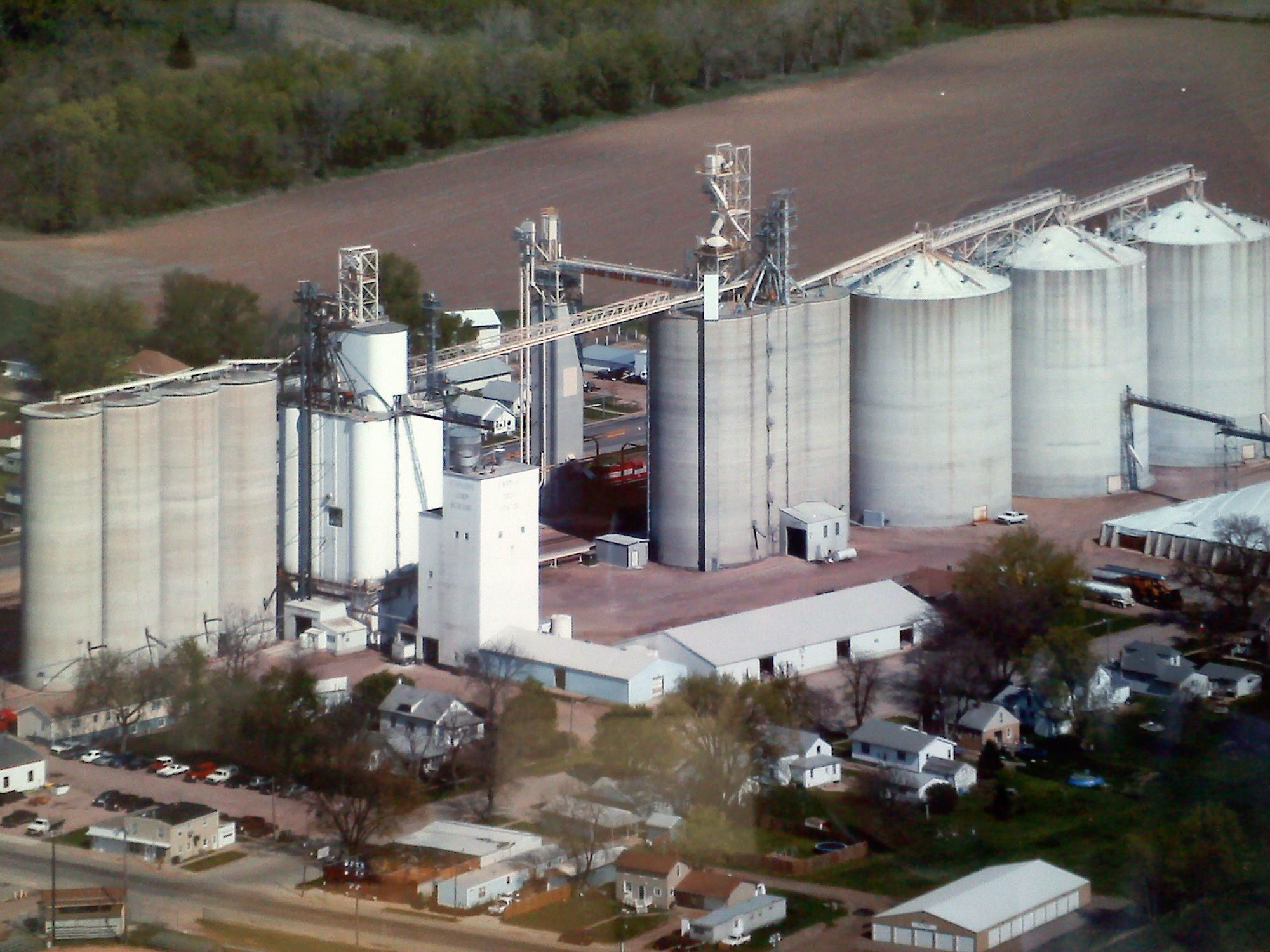 The FCC Hinton, IA location has 4.8 million bushels of concrete upright storage.