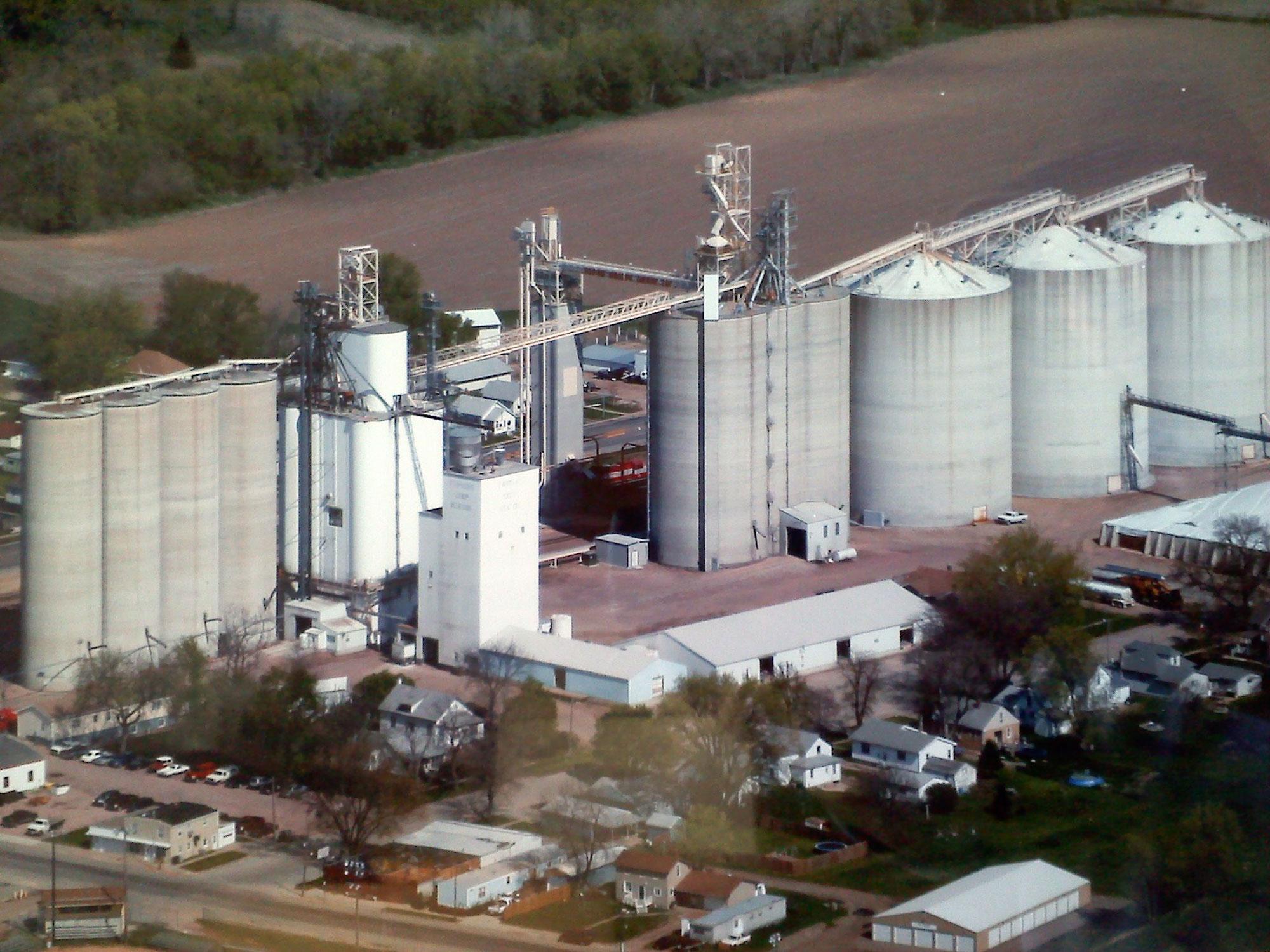 The FCC Hinton, IA location has 4.8 million bushels of concrete upright storage.